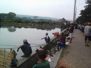 Kolam pemancingan gratis di Malang